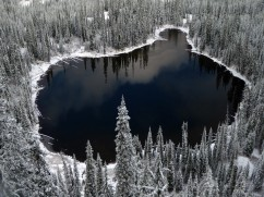 Image Lake in winter-Andrew Klaus